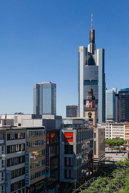 Frankfurt, Hauptwache vom Myzeil Kaufhaus aus